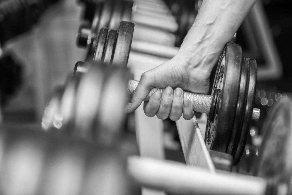 Eine Hantel für dein Fitness Workout